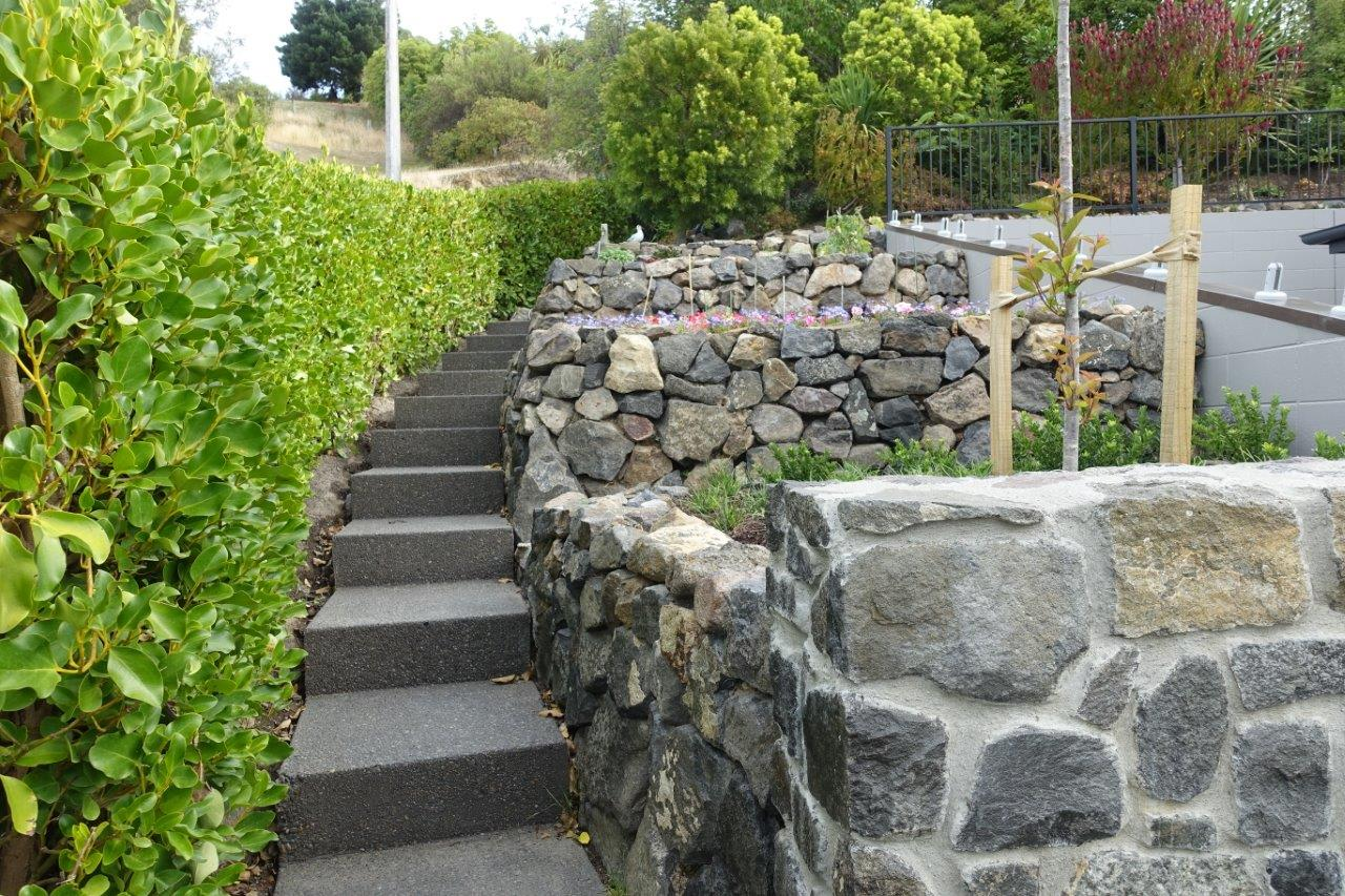 Hard Landscaping: Exposed Aggregate concrete steps